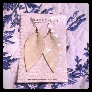 NIP Raven + Lily white Joanna Gaines Earrings